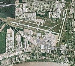 Международный аэропорт Луи Армстронг в Новом Орлеане - Louisiana.jpg