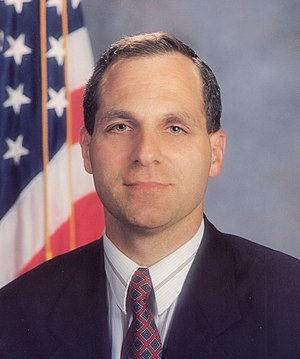 English: Photograph of Louis J. Freeh.