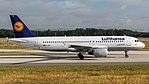 Lufthansa Airbus A320-200 (D-AIPL) at Frankfurt Airport.jpg