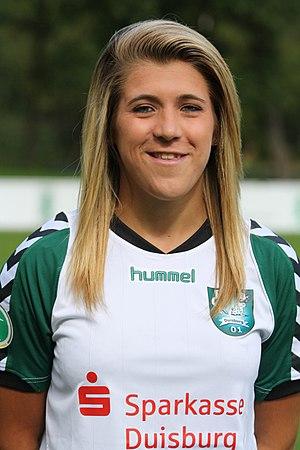 Luisa Wensing - Wensing with FCR Duisburg in 2011