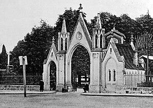 Lwów - główna brama Cmentarza Łyczakowskiego około 1900 r