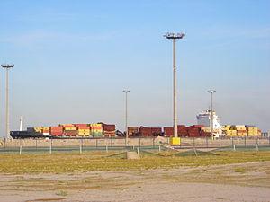 MSC Flaminia - The damaged MSC Flaminia at JadeWeserPort in Wilhelmshaven, Germany.