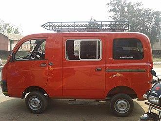 Mahindra Maxximo - Mahindra Maxximo passenger carrier version
