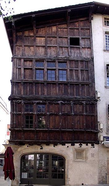 Mâcon - Maison de Bois