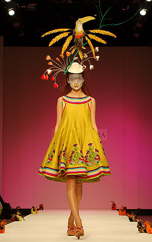 Fashion in India - Manish Arora Spring 2007 collection at London Fashion Week