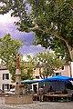Marché provençal à Villars.jpg