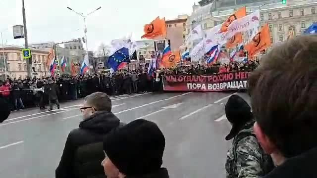 Файл:March in memory of Boris Nemtsov in Moscow (2019-02-24; video) 15.ogv