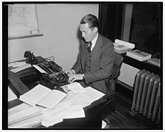 Marquis Childs, correspondent for the St. Louis Post-Dispatch (1937)