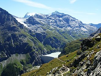 La Ruinette - La Ruinette (centre right) and Mont Blanc de Cheilon (left) with the Lac de Mauvoisin
