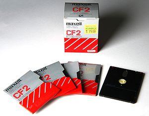 """Hitachi Maxell - Maxell 3"""" floppy disks"""