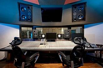 Dubway Studios - Image: Mezzanine control room Dubway Studios