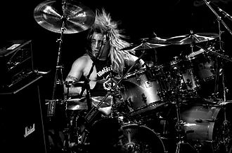 Mikkey Dee - Mikkey Dee during a drum solo