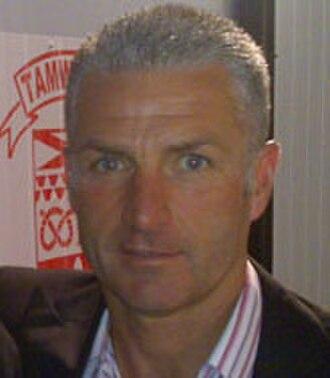 Gary Mills (footballer, born 1961) - Mills in 2009