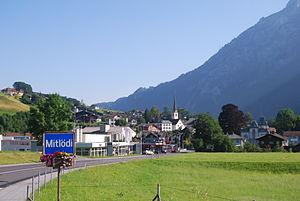 Glarus Süd - Mitlödi village