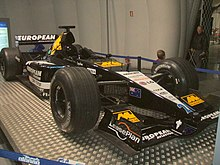 Photo de la Minardi PS01 d'Alonso en exposition