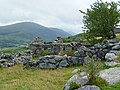 Moel Elio and ruined habitation - panoramio.jpg