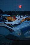 Moon rise at Tannkosh flight festival (9659113632).jpg