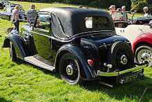 Morris 12 Series II Spec (15800687889).jpg
