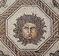 Mosaico de Medusa y las Estaciones (40702261112).jpg
