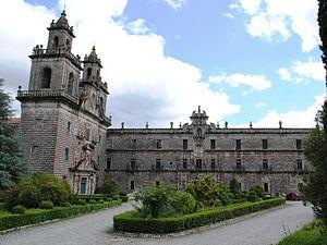 Mosteiro de Oseira, dúas fachadas.JPG