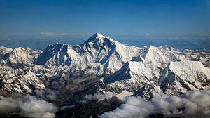 Mount Everest as seen from Drukair2 Crisco edit.jpg