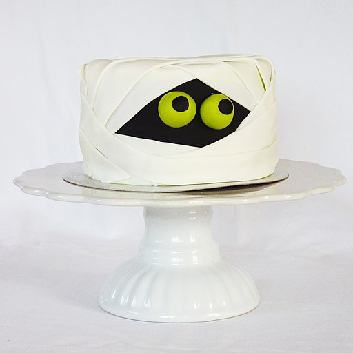 Mummy cake (8122502298)