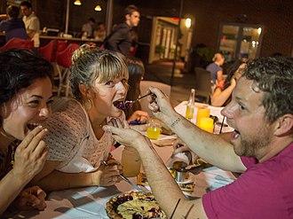 Damaris Phillips - Image: NFNS chefs at Veggie U Dinner