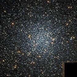NGC 104 Hubble WikiSky.jpg