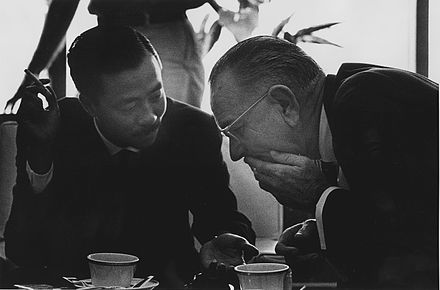 Ky with Lyndon Johnson in Hawai`i in 1966 Nguyen Cao Ky with Lyndon Johnson in Hawaii 29-2599M.JPG