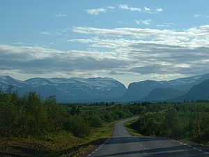 Nikkaluokta mountains.jpg
