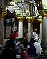 Nizamuddin Dargah, Delhi (6210815360).jpg