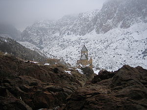 Noravank in Winter.jpg