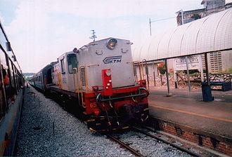 Keretapi Tanah Melayu - A KTM Intercity train stopping at a railway station in Kuala Lipis, Pahang.