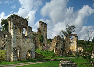Mortemer Abbey - Image: Normandie Eure Mortemer tango 7174