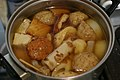 Oden (Japanese cooked dish) (2222268363).jpg