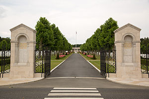 Oise-Aisne American Cemetery and Memorial - Image: Oise Aisne American Cemetery and Memorial 16