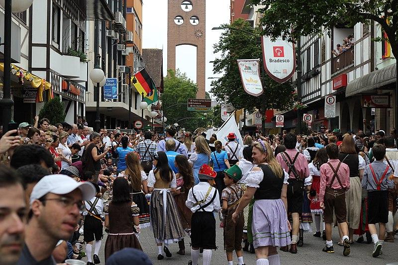 Programação da Oktoberfest de Blumenau