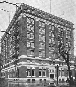 Multnomah College - Image: Old YMCA building Portland, Oregon