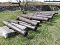 Old cannon barrels in Suomenlinna 2.JPG