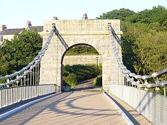 Wellington Suspension Bridge - The Wellington Suspension Bridge, pictured in 2009 after restoration