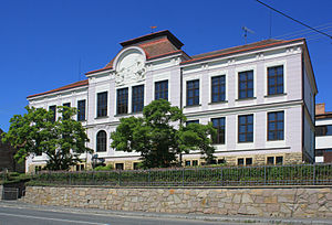 Osík - Image: Osík, elementary school