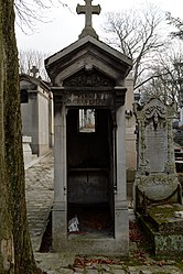 Tomb of Cruveilher