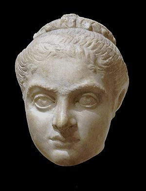 Fausta - Fausta, most probably before her marriage to Constantine I, The Louvre museum.
