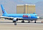 PH-OYJ ArkeFly (TUI Airlines Nederland) Boeing 767-304-ER (cn 29384-784) (7373139574).jpg