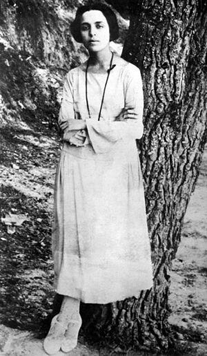 Maria Polydouri - Polydouri in 1920.
