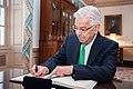 Pakistani Foreign Minister Khawaja Muhammad Asif Signs Secretary Tillerson's Guestbook (37495290691).jpg