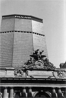 Il grattacielo Pan Am, nel quartiere Midtown di Manhattan, attualmente il MetLife Building, era la sede della Pan Am