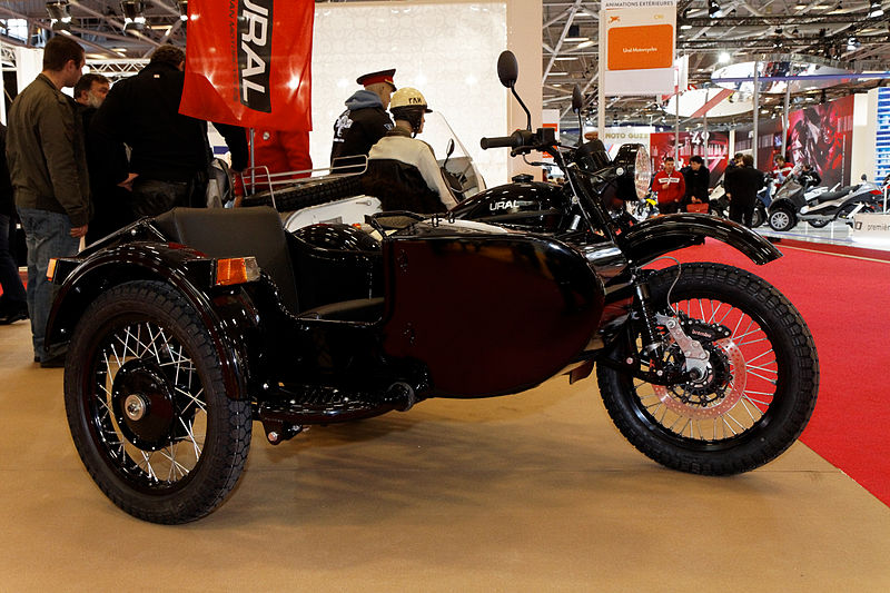 file paris salon de la moto 2011 ural wikimedia commons. Black Bedroom Furniture Sets. Home Design Ideas