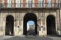Paris 3e Place des Vosges Pavillon de la Reine 587.jpg