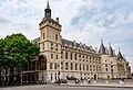 Paris 75001 Palais de la Cité Tour de l'Horloge 20170529.jpg